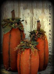 Tall Slim Folk Style Pumpkin Trio