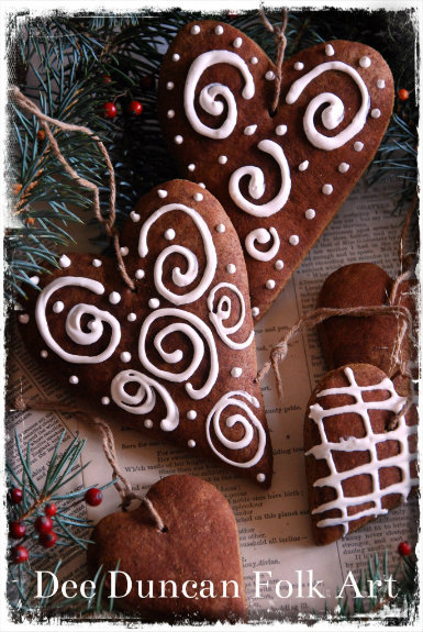 German Gingerbread Heart Ornament - E-Recipe